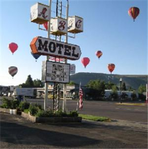 Photo of ABC Motel Hotel Bed and Breakfast Accommodation in Gunnison Colorado
