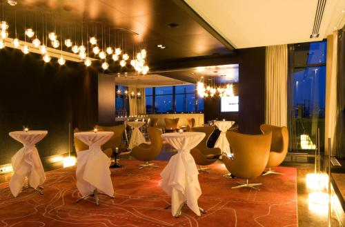 Radisson BLU Royal Hotel Dublin photo 26