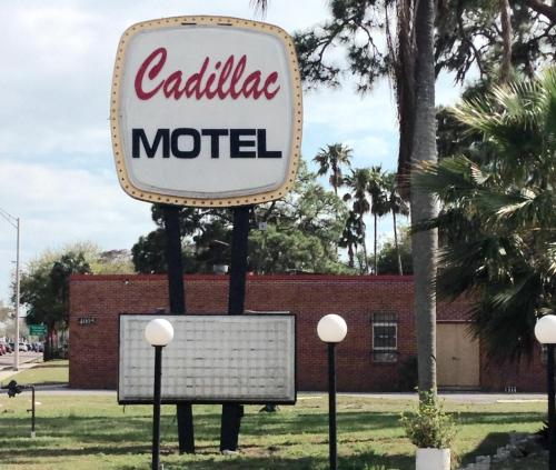 Cadillac Motel Photo