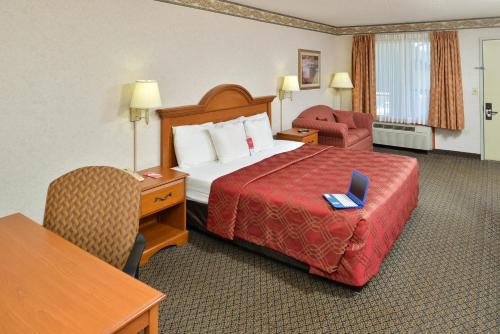 Econo Lodge Villa Rica Photo