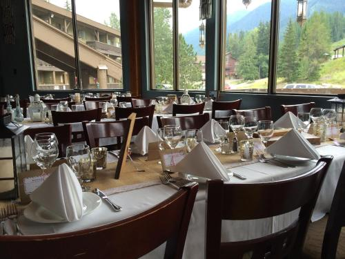 The Griz Inn by Park Vacation Management Photo