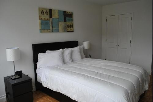 Urban Grand Suites at Grove Station Photo