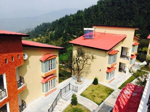Mist N Meadows Resort