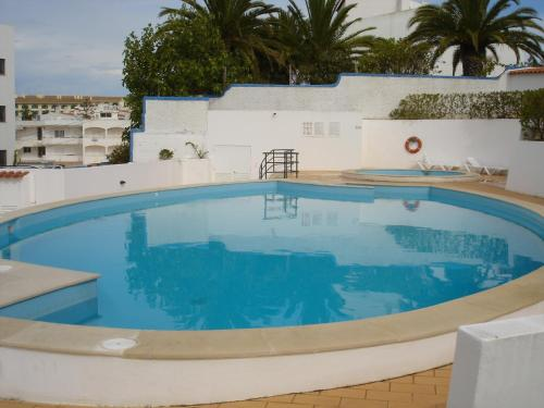 holidays algarve vacations Carvoeiro Erike Guest House