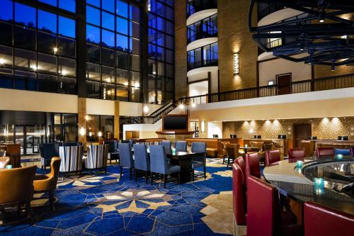 Sheraton Pittsburgh Hotel at Station Square Photo