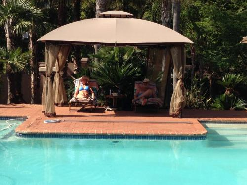 WoodRidge Palms Boutique Hotel Photo