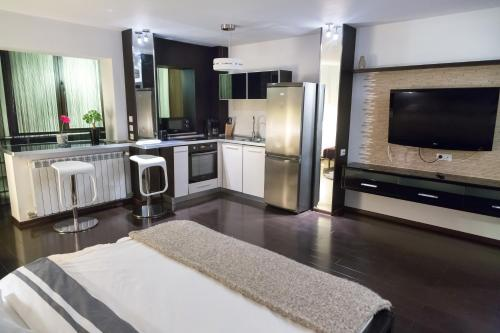 Studio G - RedBed Self-Catering Apartments, Bucarest