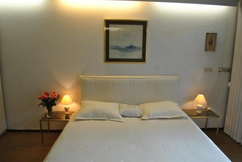 Bed Breakfast Red Rose Amsterdam Upto 25 Off On