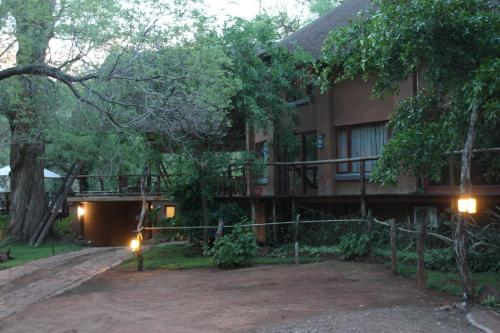 Zenzele River Lodge Photo
