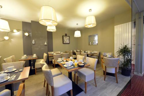 Niort hotels hotel booking in niort viamichelin for Appart hotel niort