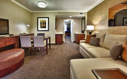Embassy Suites Austin - Downtown/Town Lake photo 21