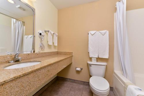 America's Best Value Inn & Suites Photo