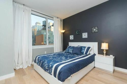 NY Away - Two Bedroom Apartment - Times Square Photo