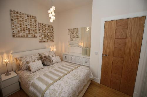 Edinburgh Pearl Apartments Dalry House photo 2