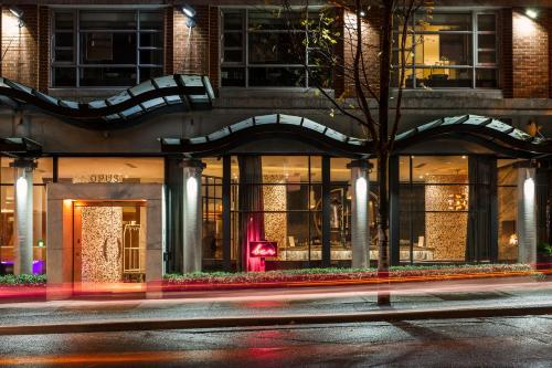 Opus Hotel - vancouver -