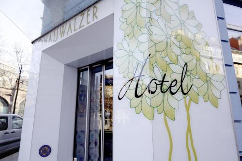 Boutique Hotel Donauwalzer photo 51