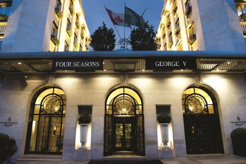 Four Seasons Hotel George V Paris impression