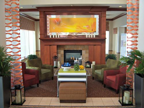 Hilton Garden Inn Omaha West Photo