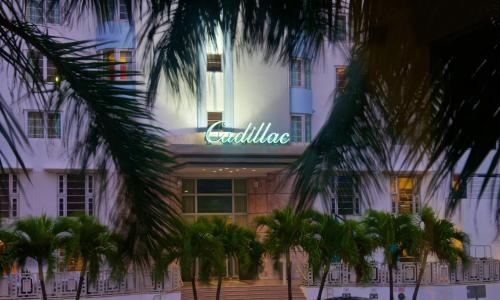 Courtyard by Marriott Cadillac Miami Beach/Oceanfront Photo