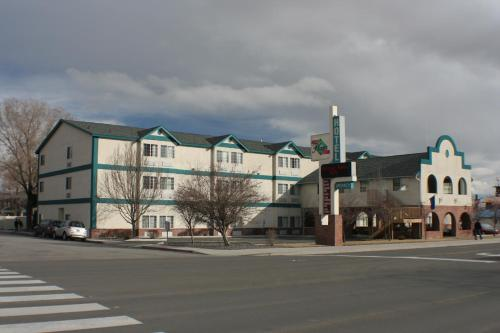 Carson City Plaza Hotel Photo
