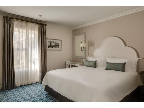 Protea Hotel by Marriott Cape Town Mowbray Photo