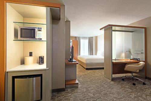 SpringHill Suites Louisville Downtown Photo