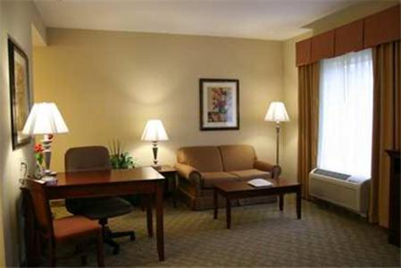 Hampton Inn & Suites Southern Pines-Pinehurst Photo