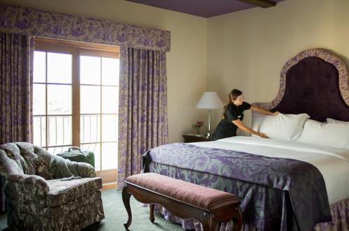 Mirbeau Inn & Spa at The Pinehills Photo