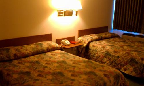 Travelers Inn Bullhead City Photo
