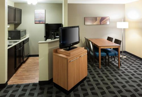 TownePlace Suites Dallas Arlington North Photo