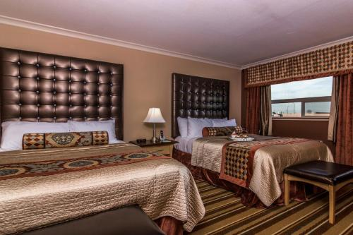 Best Western Marquis Inn & Suites Photo