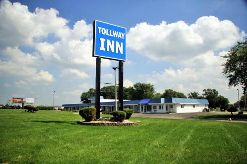 Tollway Inn Beloit Photo