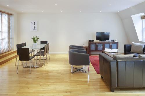 Hotel City Marque Tower Hill Serviced Apartments thumb-4