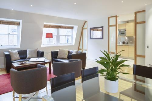 Hotel City Marque Tower Hill Serviced Apartments thumb-2