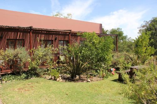 The Gumtree Guest House Photo