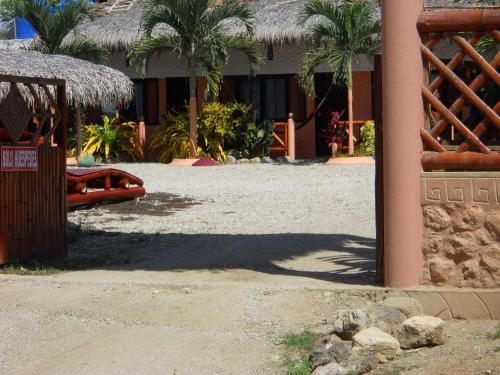 Hostal Residencial Las Brisas Photo