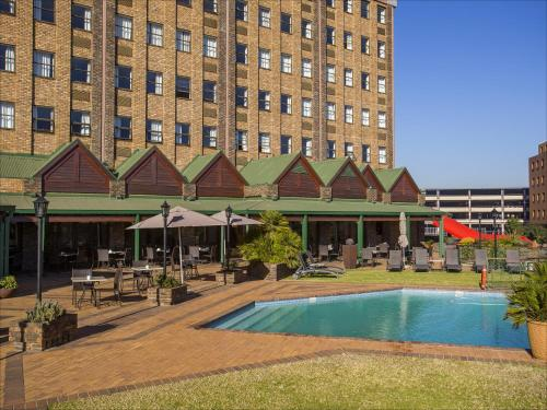 The Centurion Lake Hotel Photo