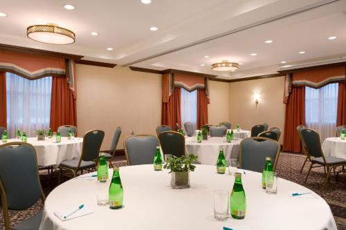 Homewood Suites by Hilton Toronto-Oakville Photo