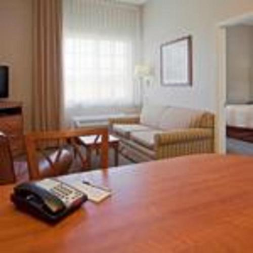 Candlewood Suites Melbourne-Viera Photo