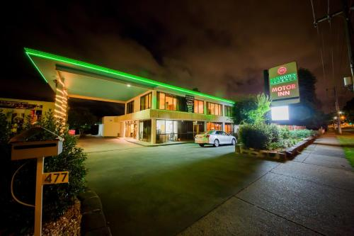 Sandown Regency Hotel & Apartments
