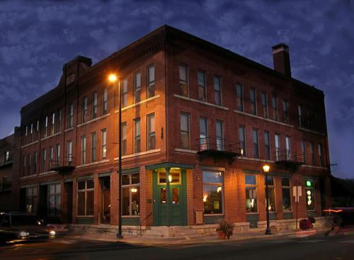 Water Street Inn Photo