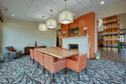 Hilton Garden Inn Benton Harbor Photo