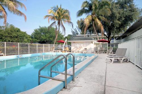 Motel 6 Pompano Beach Photo