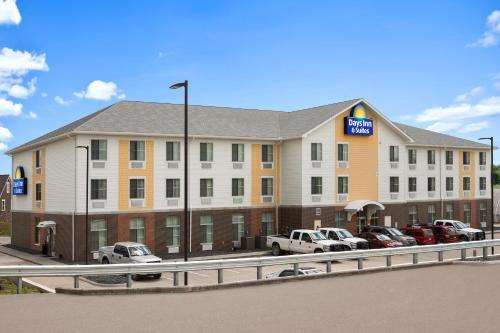 Days Inn & Suites Belmont Photo