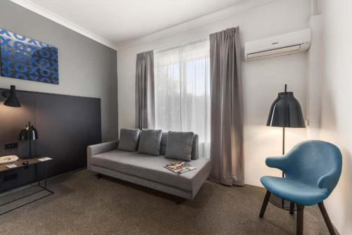 Quality Hotel CKS Sydney Airport photo 20