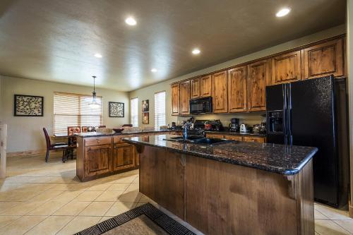 Bear Hollow by Lespri Property Management Photo