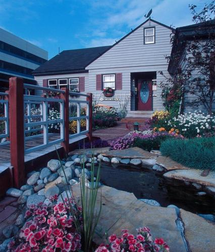 Copper Whale Inn - anchorage -