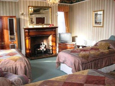 Photo of The Knoll Guesthouse Hotel Bed and Breakfast Accommodation in Newport Newport