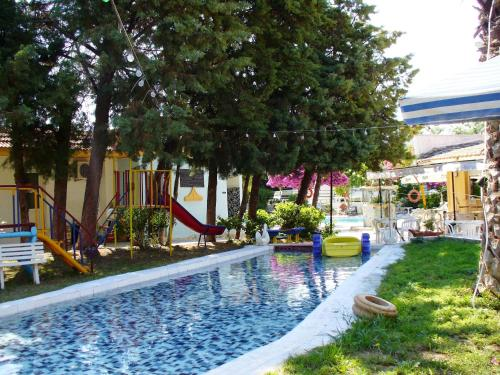 GNest Apartments - Faliraki Greece
