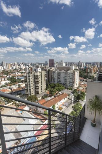 Living Vila Madalena Photo